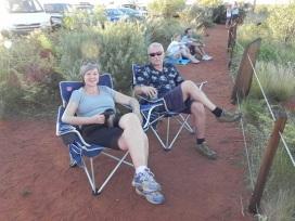 UluruNightCrowd1