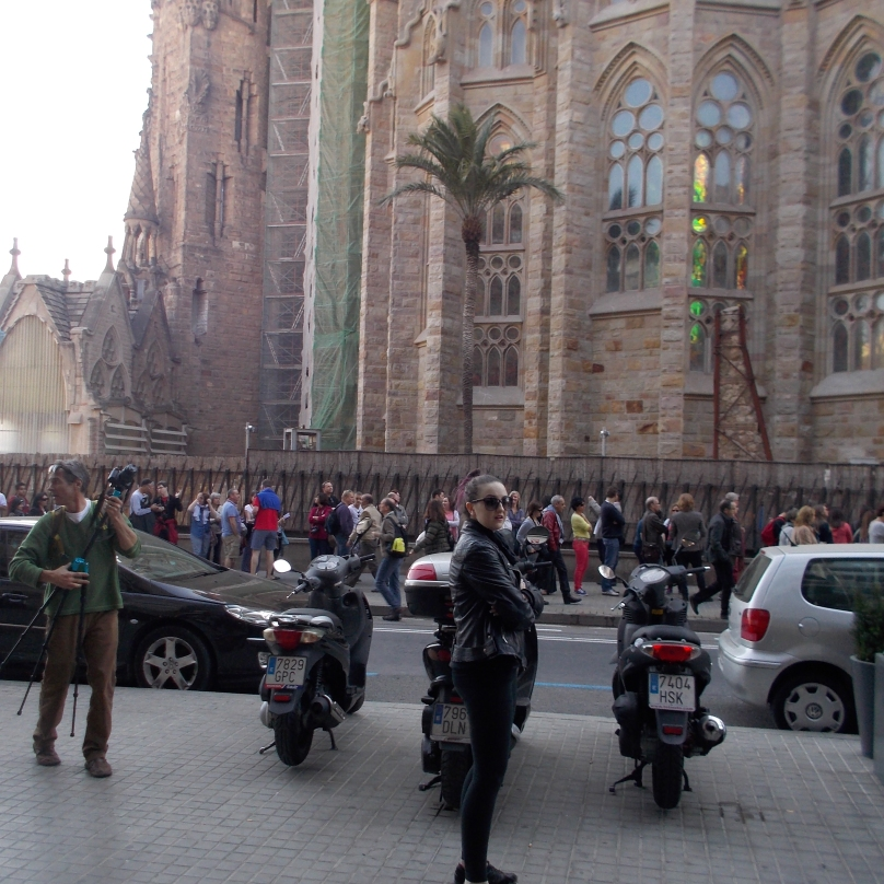 The line up at the Sagrada Familla, forget it!