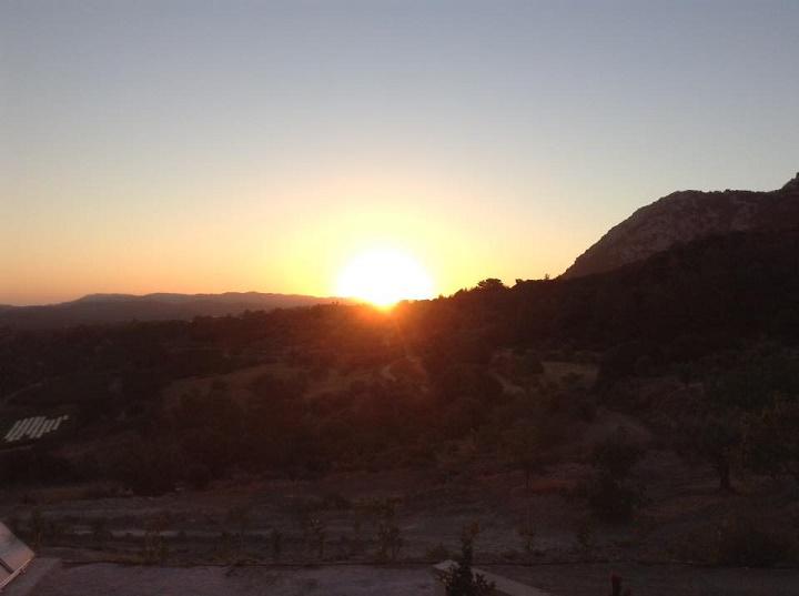 sunrise-in-salakos1