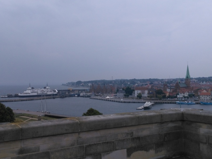 kronborng ferry to Sweden