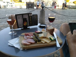 La Rochelle lunch